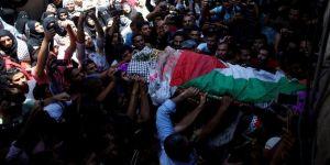 Rezzan'ı binlerce Filistinli ebediyete uğurladı