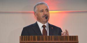 Bakan Arslan: Üniversite demek fabrika demek