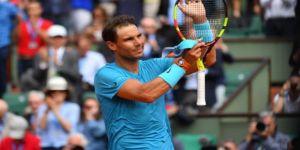 Nadal, zorlanmadan turladı!