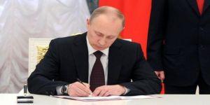 Putin imzayı attı!