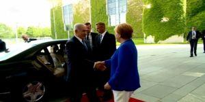 Netanyahu, Merkel ile görüştü