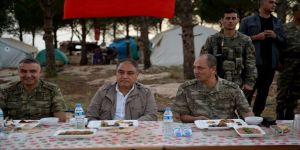Temel Paşa, Burseya'da iftar yaptı