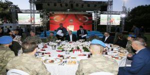 Cumhurbaşkanı Erdoğan asker ve şehit aileleri ile iftar yaptı