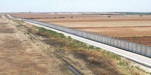 Sınıra 43 kilometrelik yeni duvar
