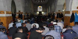 Tarihi camide bayram namazı