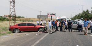 Bayram ziyaretine giden aile kaza geçirdi: 7 yaralı