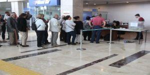 Gurbetçiler oy kullanmaya devam ediyor