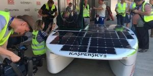 Rusların güneş enerjili yarış arabası, testi geçti