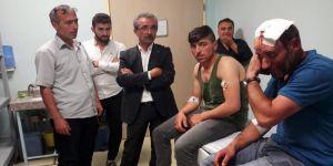 AK Partililere saldırı: 2 yaralı
