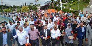 """AK Parti Gebze'den """"Medeniyet Yürüyüşü"""""""