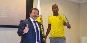 Ankaragücü, Ricardo Faty ile 2 yıllık ön protokol imzaladı