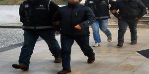 8'i asker 10 FETÖ üyesi gözaltına alındı
