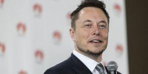 Elon Musk'tan Taylandlı çocuklar için denizaltı tüpü