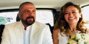Mete Yarar ve Gülnaz Kudunoğlu Paris'te evlendi