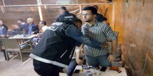 Polisten 'torba evi' operasyonu