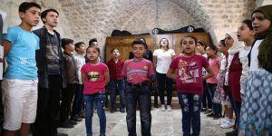 """Sığınmacı çocuklar """"kültür elçisi"""" olacak"""