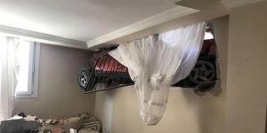 Evin odasına daldı
