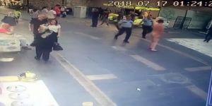 Eyüpsultan'da dehşet saçan çıplak adam polis tarafından etkisiz hale getirildi