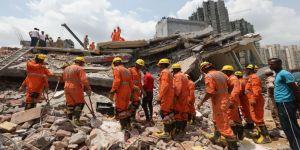 Çöken binada 3 kişi hayatını kaybetti
