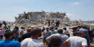 İsrail polisi Filistinli ailenin evini yıktı