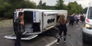 Yolcu minibüsü devrildi: 10 yaralı