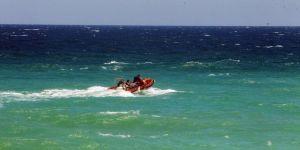2 kız çocuğu denizde kayboldu