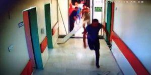 Yoğun bakım kapsını kırıp doktora saldırdılar