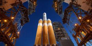 NASA, Güneş'e yaklaşacak uyduyu fırlattı