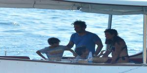 Nil'in teknesinde şok eden görüntüler! Çocukları evire çevire dövdüler