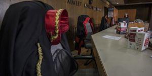 İş adamlarının FETÖ'den yargılandığı dava yine ertelendi
