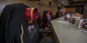 Güvendikleri hakim-savcılara staj yaptırmışlar