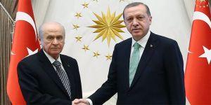 Bahçeli, Erdoğan'ı tebrik etti