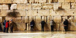 İsrail 'Ağlama Duvarı'nı genişletiyor