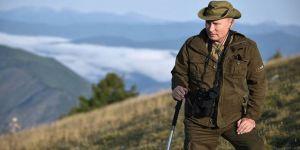 Putin dağlarda dolaşırken görüntülendi