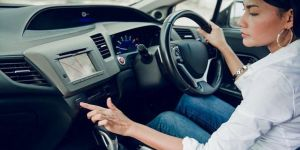 Kadınlar, erkeklere göre daha iyi şoför