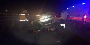 Otomobil şarampole devrildi: 3 yaralı