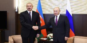 Aliyev Putin'le görüştü