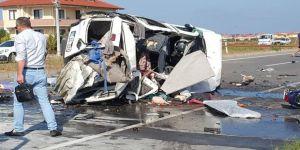 Sakarya'da trafik kazası: 8 ölü