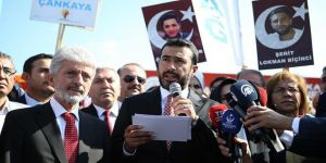 AK Parti'lilerden darbe girişimi davalarına yakın takip