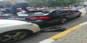 Lüks otomobile silahla saldırı