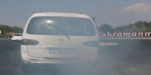 Egzoz dumanıyla trafiği tehlikeye düşürdü