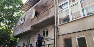 Gebze'de 3 katlı binada yangın !
