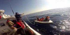 15 düzensiz göçmen fiber teknede yakalandı