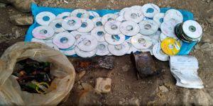 Teröristlere ait 200 adet CD ele geçirildi