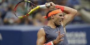 Nadal turnuvalardan çekildi