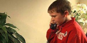 5 yaşındaki çocuk acil servisi arayarak annesini kurtardı