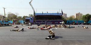 Askeri geçit töreni sırasında terör saldırısı ! 8 kişi hayatını kaybetti