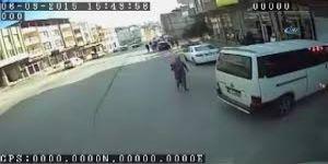 Hamile olduğunu söyleyerek girdiği evlerden altın çalan kadın tutuklandı