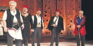 'Tatar Ramazan' tiyatro sahnesinde