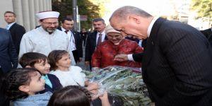 """Cumhurbaşkanı Erdoğan: """"Adı ne olursa olsun teröre bulaşan hiçbir yapının İslam'la hiçbir bağı yoktur"""""""
